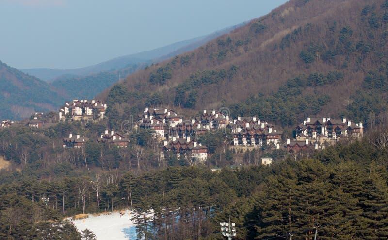 Een beeld van weinigen cluster van gebouwen stock afbeelding