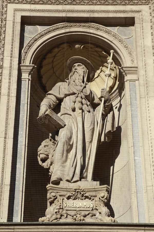 Detail van St. Stephen Basilica, Boedapest, Hongarije stock afbeeldingen