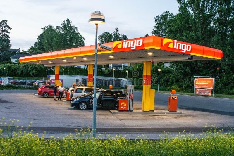 Een benzinestation van Ingo in Zweden stock afbeelding