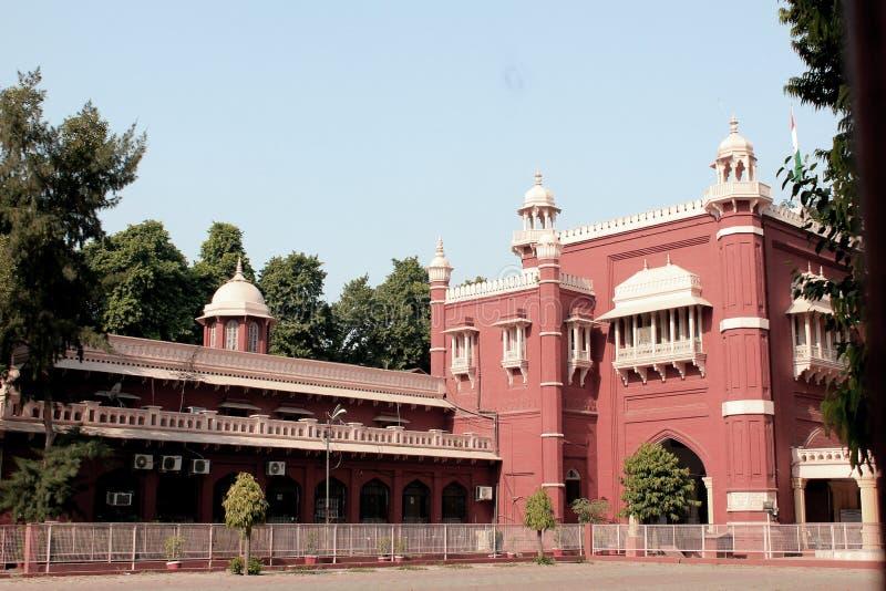 Een bezoek aan Lucknow, de stad die van Nawabs rijke erfenisgebouwen en ook eigentijdse structuren hebben stock afbeeldingen