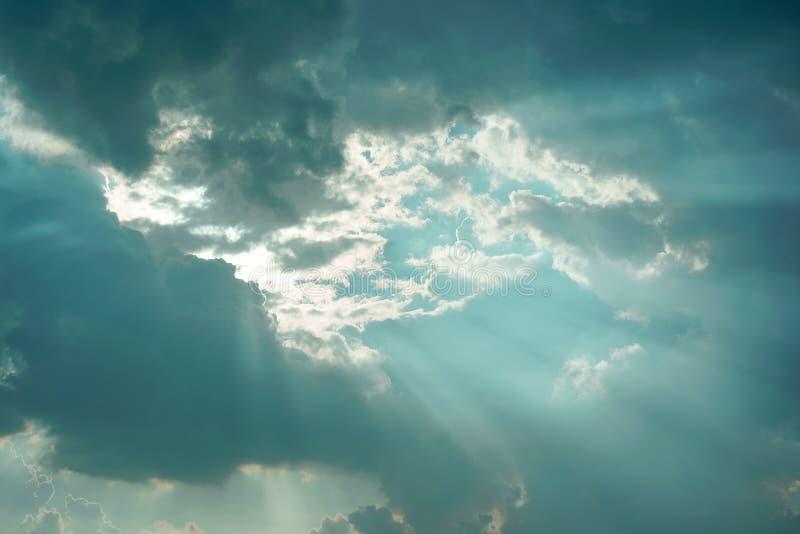 Een blauwe versie van de lichte hemel van Jesus stock afbeeldingen