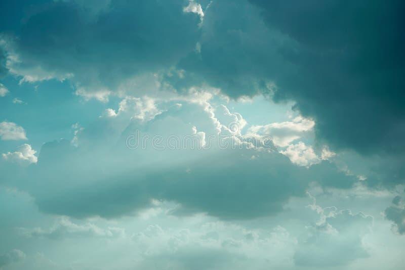 Een blauwe versie van de lichte hemel van Jesus stock foto