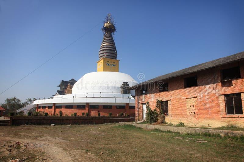 Een Boeddhistisch klooster in Mayadevi-tempel stock foto's
