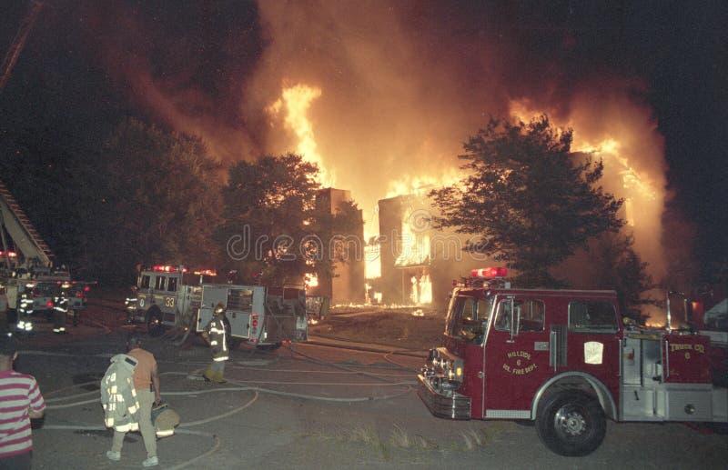 Een brand van de 3 alarmflat in Kentland, Md royalty-vrije stock foto's