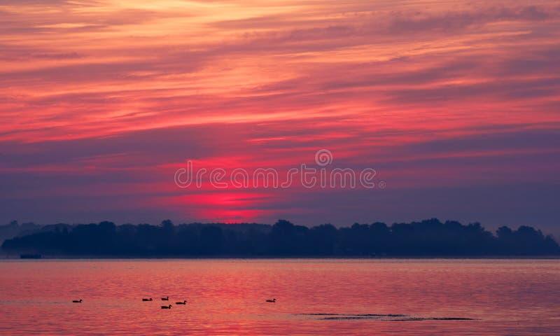 Een Chesapeake Zonsopgang van de Baai stock afbeelding