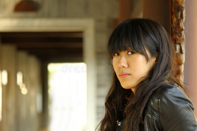 Een Chinees meisje dat zeer droevig is royalty-vrije stock fotografie
