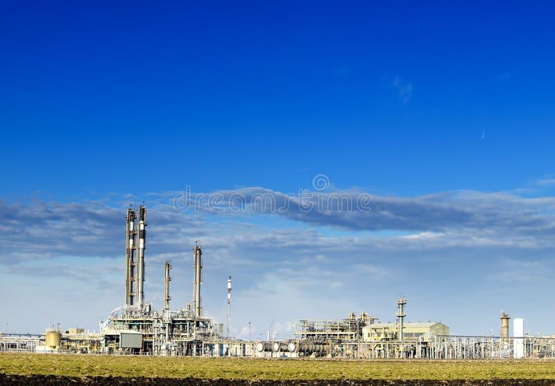 Een complexe deel van raffinaderij stock fotografie