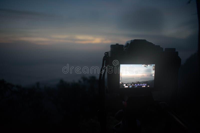 Een de hemelmening van de cameraduisternis van hoogste berg stock fotografie