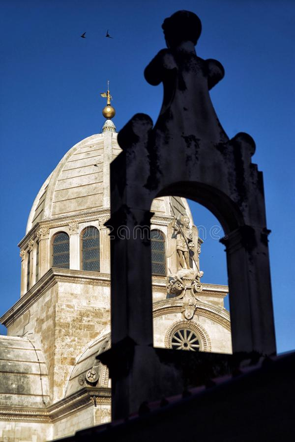 Een deel van de Kathedraal van St James in Sibenik, Kroatië royalty-vrije stock afbeeldingen