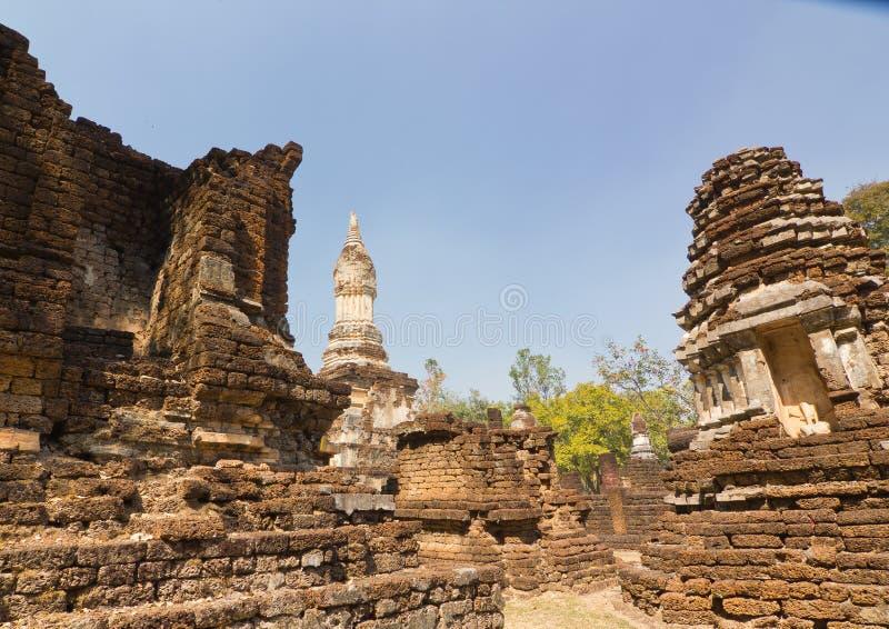 Een deel van de ruïne van Wat Chedi Chet Thaew, Si Satchanalai, Thailand stock foto