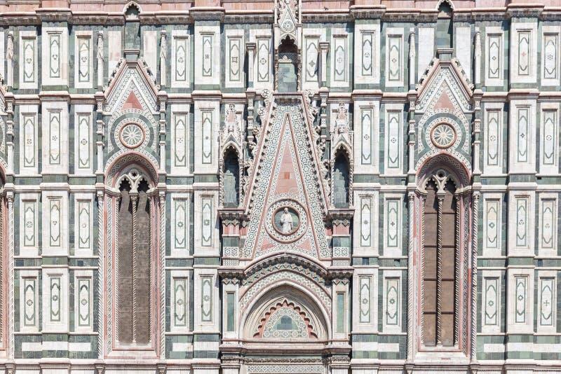 Een deel van de voorgevel van de Kathedraal Santa Maria del Fiore Duomo stock foto's