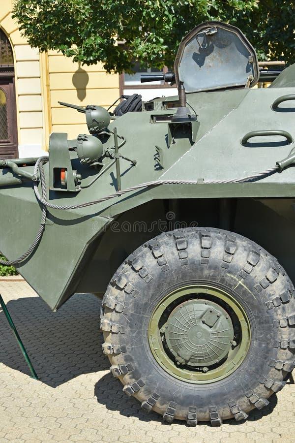 Een deel van een gepantserd militair voertuig stock fotografie