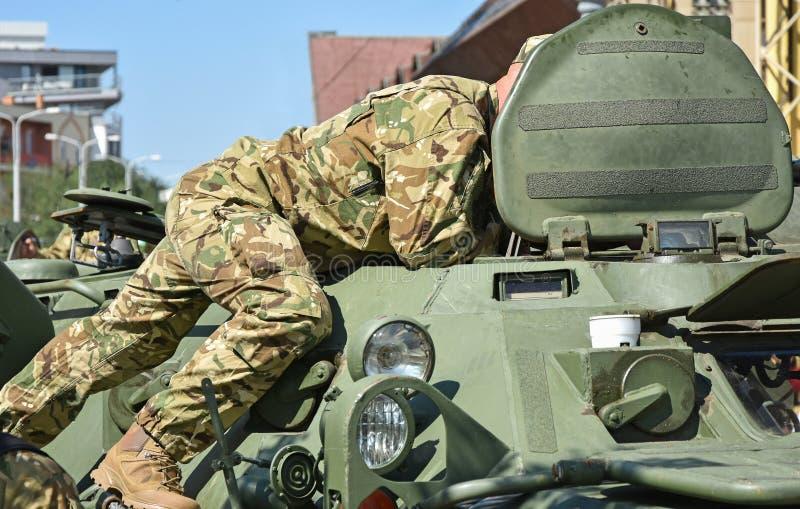 Een deel van een gepantserd militair voertuig royalty-vrije stock afbeeldingen