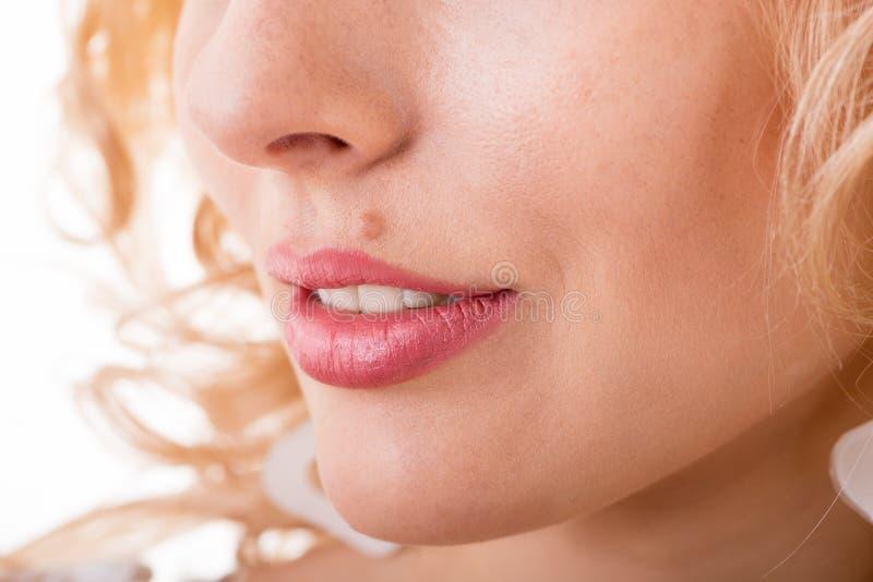 Een deel van het gezicht van een vrouw stock fotografie