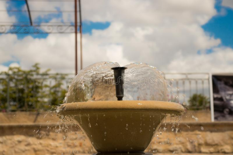 Een deel van om het even welke fontein met dalende dalingen royalty-vrije stock foto's