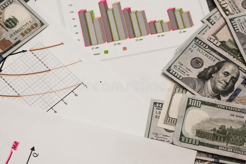 Een economisch concept in poëzie en de zaken leiden Betaling van belastingen royalty-vrije stock foto