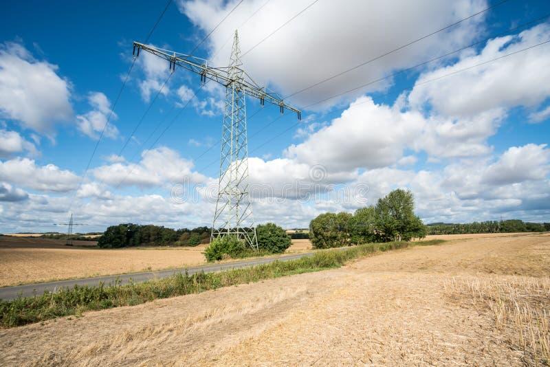 Een Elektriciteitspool stock afbeeldingen