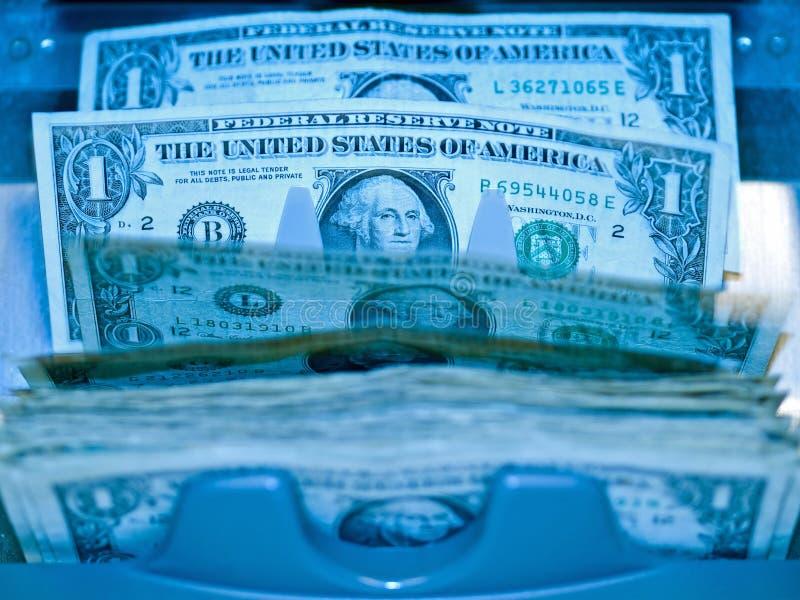 Een elektronisch geld counte stock fotografie