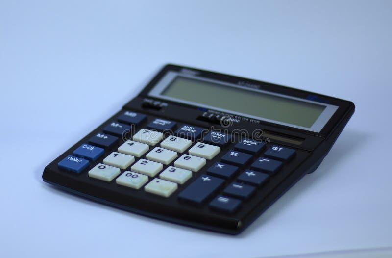 Een elektronische digitale calculator stock foto