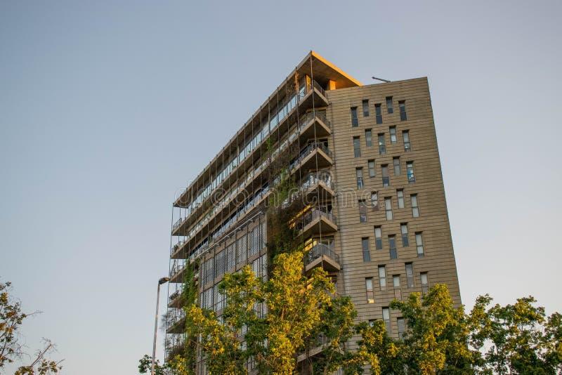 Een flatgebouw in de stad van Santiago, Chili royalty-vrije stock afbeelding