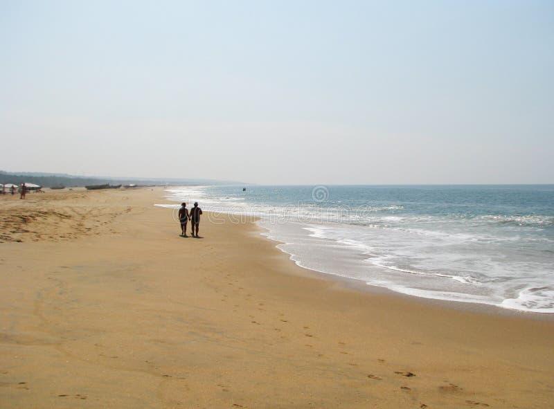 Een gang langs de kust stock afbeelding