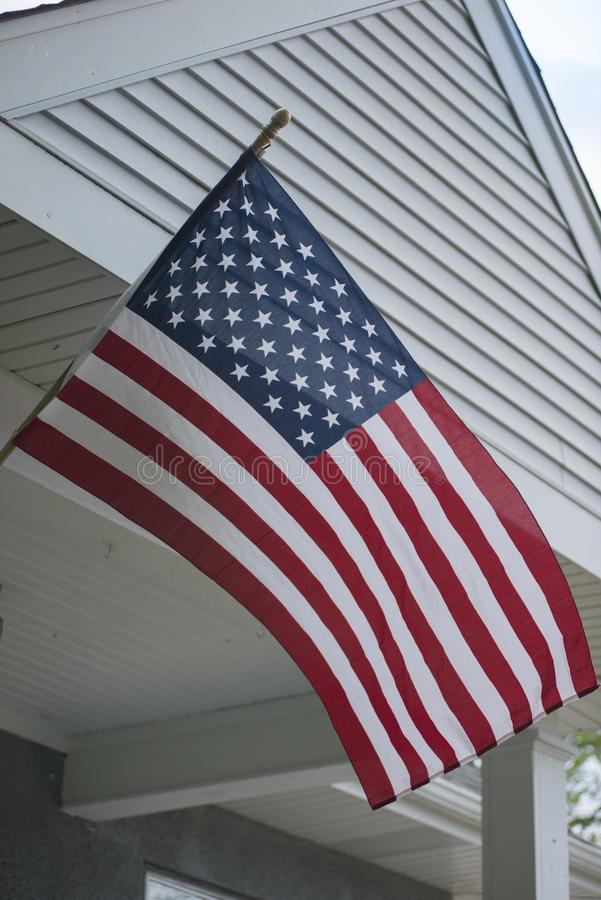 Een gemiddeld patriottisch huis stock afbeelding
