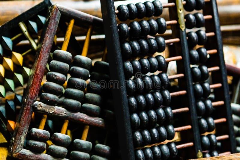 Een groep antieke Telramen of Telramen in een mand stock foto