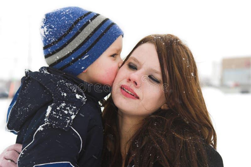Een grote kus voor mama stock foto