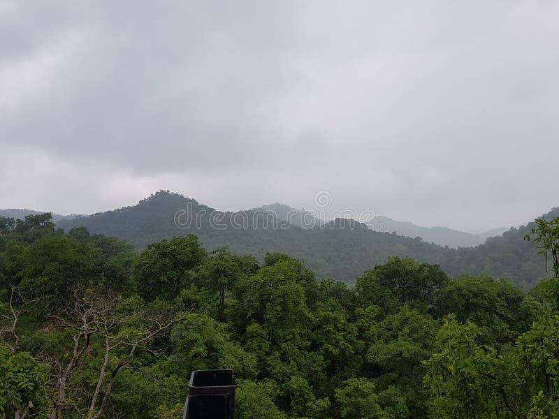 Een heuvel in de moesson royalty-vrije stock fotografie