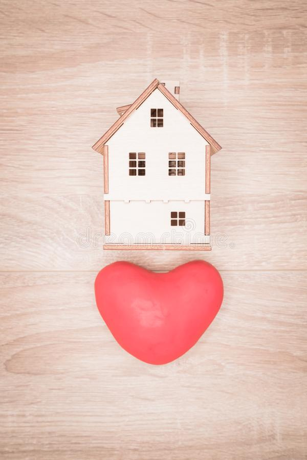 Een huis van liefde, de Dag van Valentine ` s stock fotografie