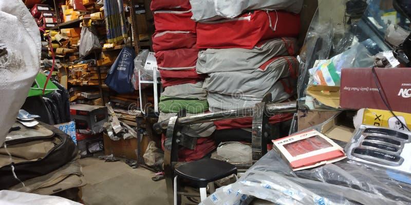 Een Indische de Winkelfoto In real time Nice van Autotoebehoren klikt Geschoten die Nice door mij het Indische Behang van Mumbai  royalty-vrije stock foto's