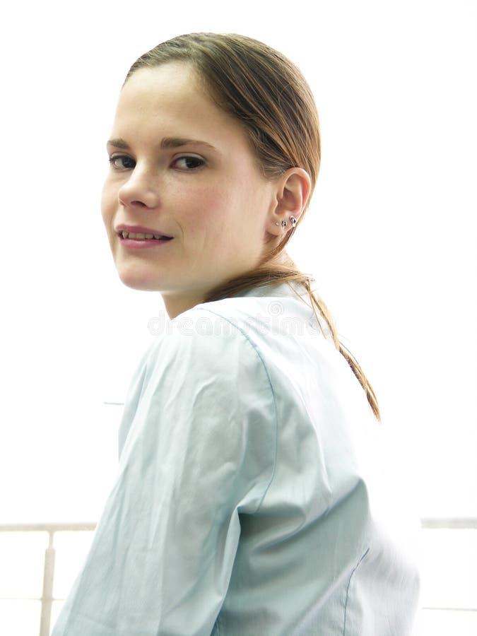 Een jong sexy meisje kijkt royalty-vrije stock fotografie