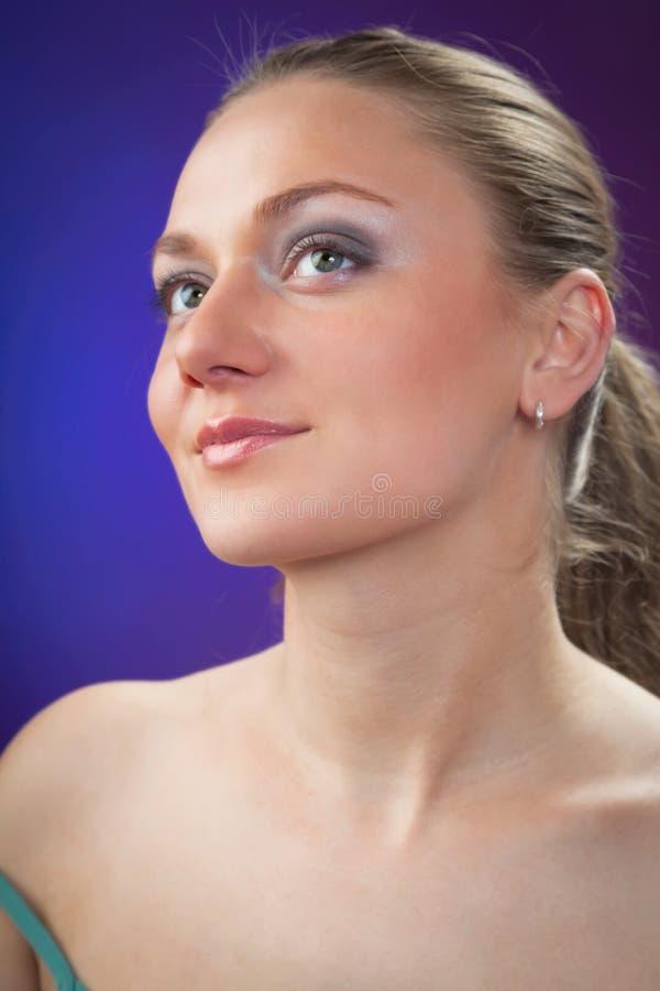 Een jonge mooie vrouw royalty-vrije stock fotografie