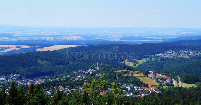 Een kasteelruïne in Schmitten een stad in Hessen Duitsland stock fotografie