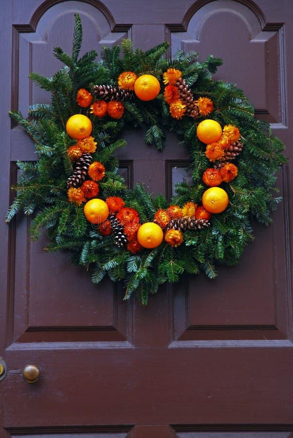 Een Kerstmiskroon van echt fruit royalty-vrije stock afbeeldingen