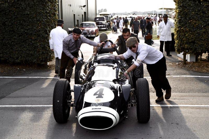Een klassieke raceauto bij Goodwood-jaren '40 royalty-vrije stock foto's