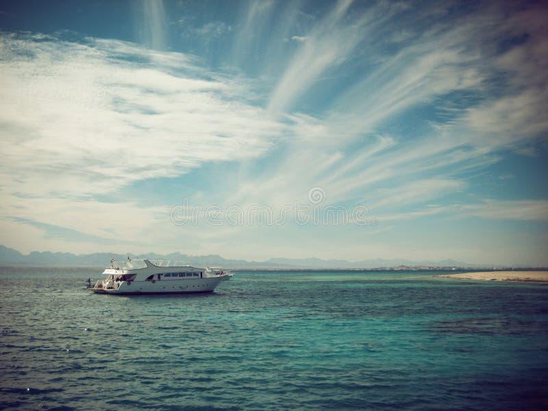 Boot op Overzees royalty-vrije stock foto