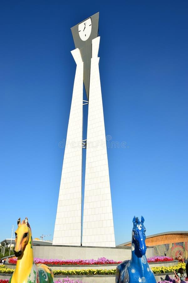 Een klokketoren in Astana royalty-vrije stock afbeeldingen
