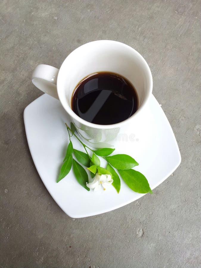 Een kop van espresso stock foto's