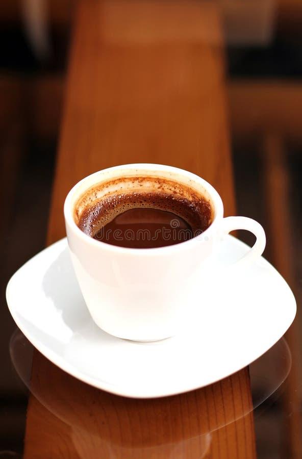Een kop van koffie in de ochtend stock foto