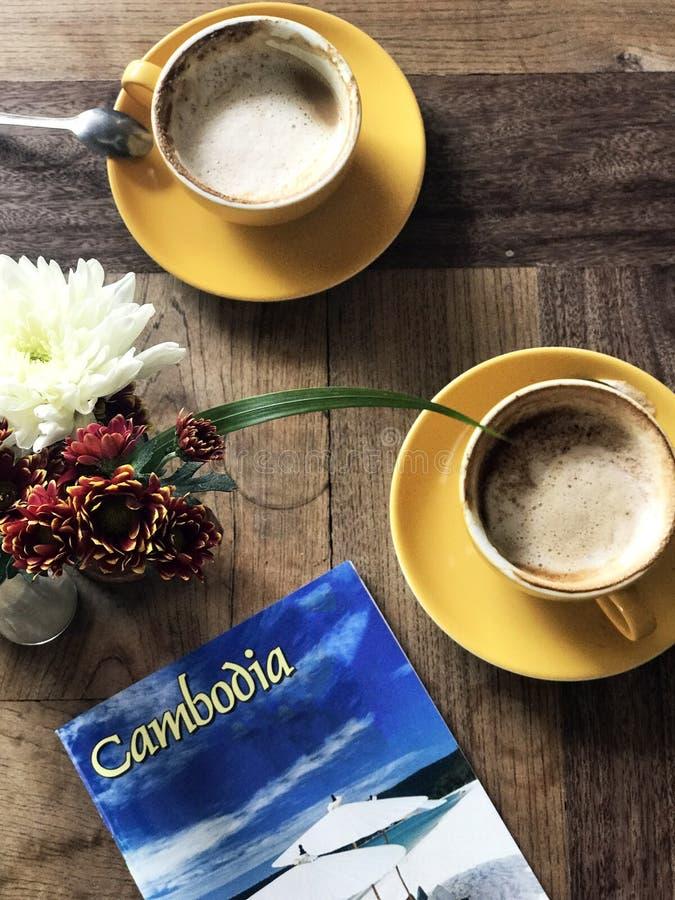 Een kop van koffie ergens in Kambodja royalty-vrije stock foto