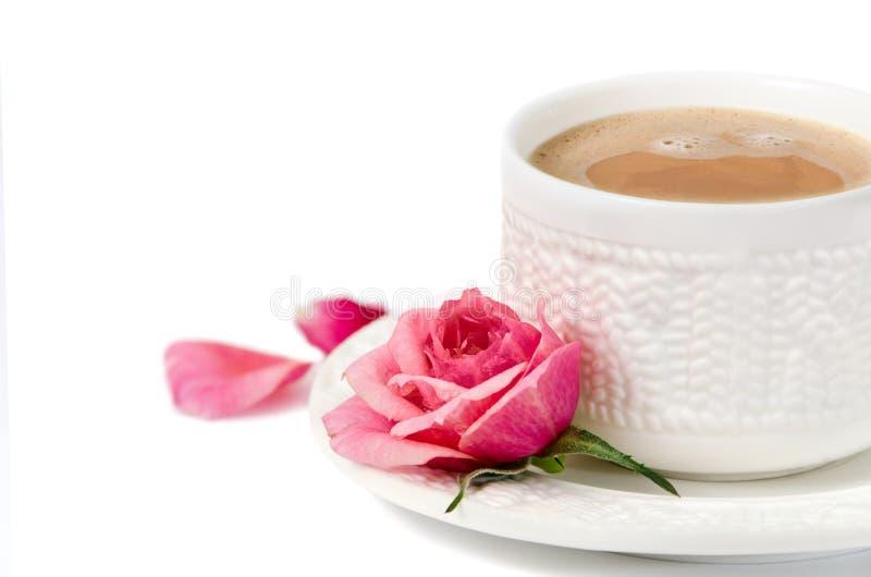 Een kop van koffie met nam toe royalty-vrije stock foto