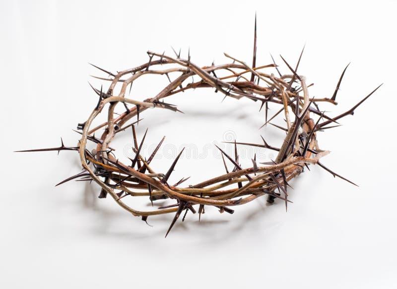 Een kroon van doornen op een witte achtergrond - Pasen Godsdienst royalty-vrije stock foto