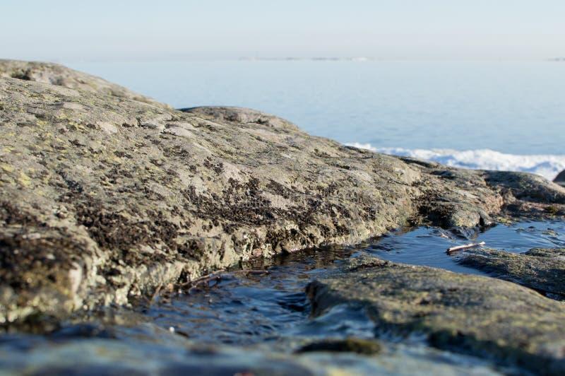 Een landschap met rivier stock afbeeldingen