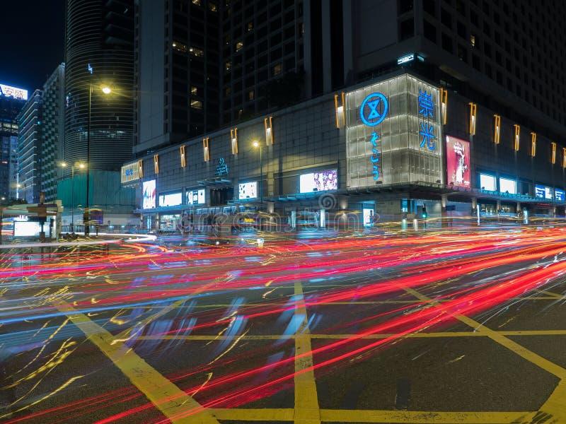 Een lange die blootstelling van de Road van Salisbury kruising met Nathan Road in Hong Kong wordt geschoten royalty-vrije stock fotografie