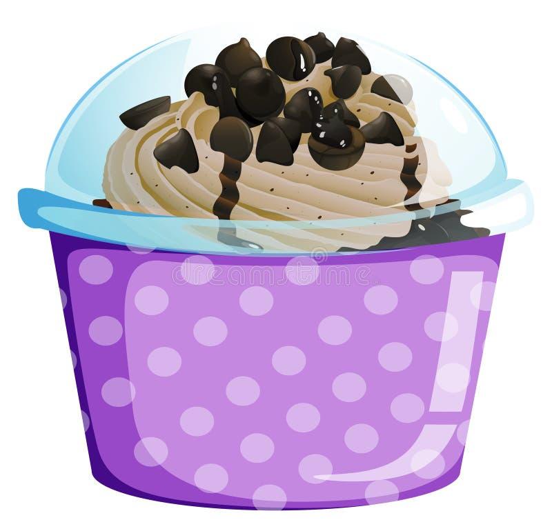 Een lavendel beschikbare kop met een binnen cake royalty-vrije illustratie