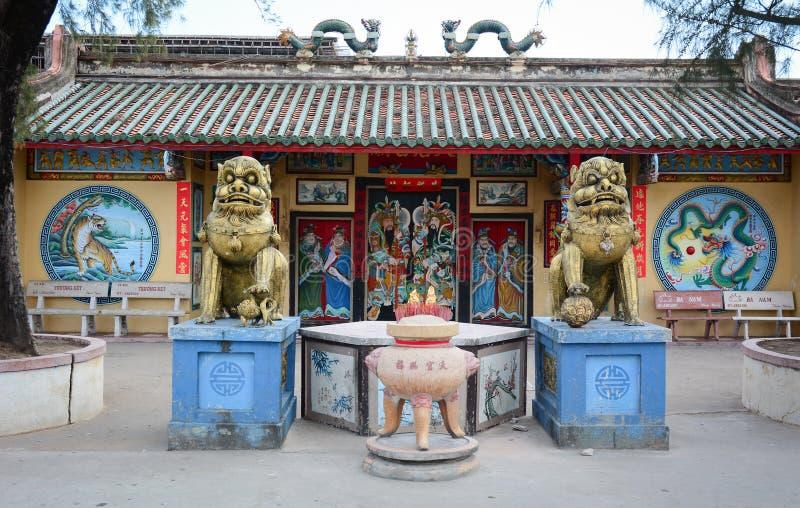 Een lokale tempel in Bac Lieu-provincie, zuidelijk Vietnam royalty-vrije stock foto's