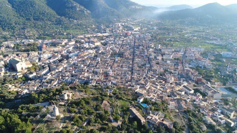 Een luchtkaart van de stad van Andratx stock foto
