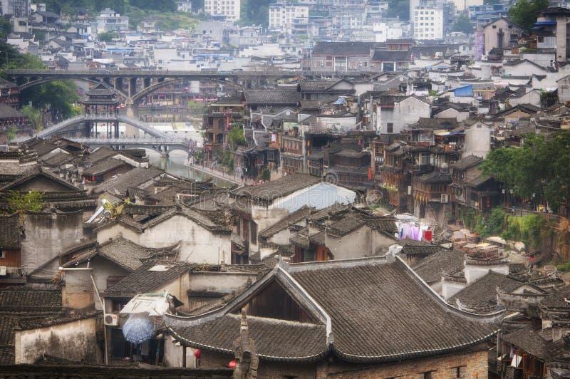 Een luchtmening van Fenghuang-Stad stock afbeeldingen