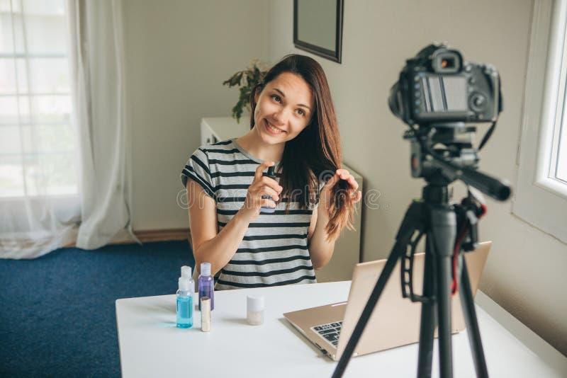 Een manier blogger registreert de video royalty-vrije stock foto